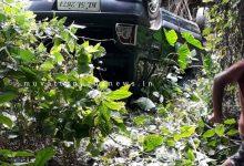 Photo of പാർക്ക് ചെയ്തിരുന്ന കാർ താഴ്ച്ചയിലേക്ക് പതിച്ചു.ആളപായമില്ല.